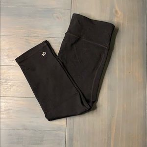 Gap Fit Capri Pant